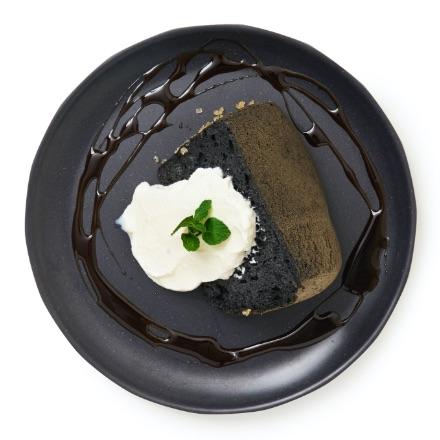 黒いシフォンケーキ